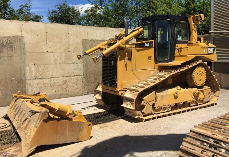 Cat D6T XL Bulldozer for Sale in Germany  Click to see more